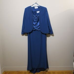Montage Collection Long Blue Dress S-18